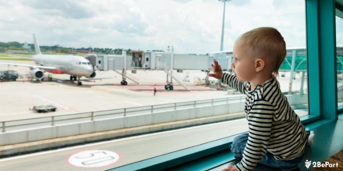 Te contamos si puedes viajar al extranjero con tus hijos